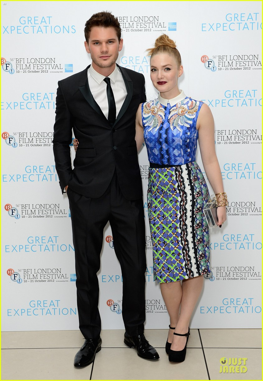 helena bonham carter jeremy irvine great expectations 23