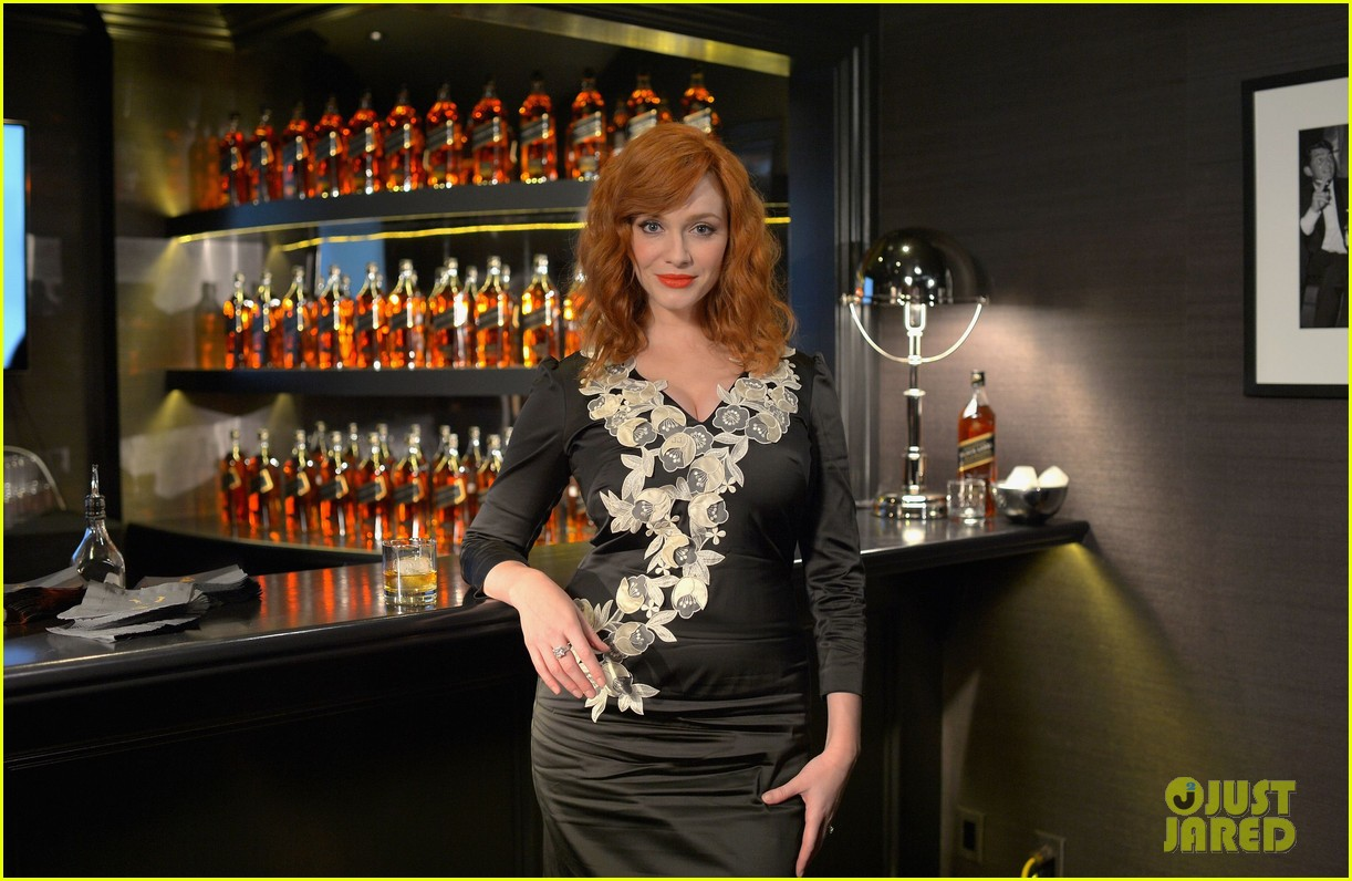 christina hendricks house of walker surprise guest 01