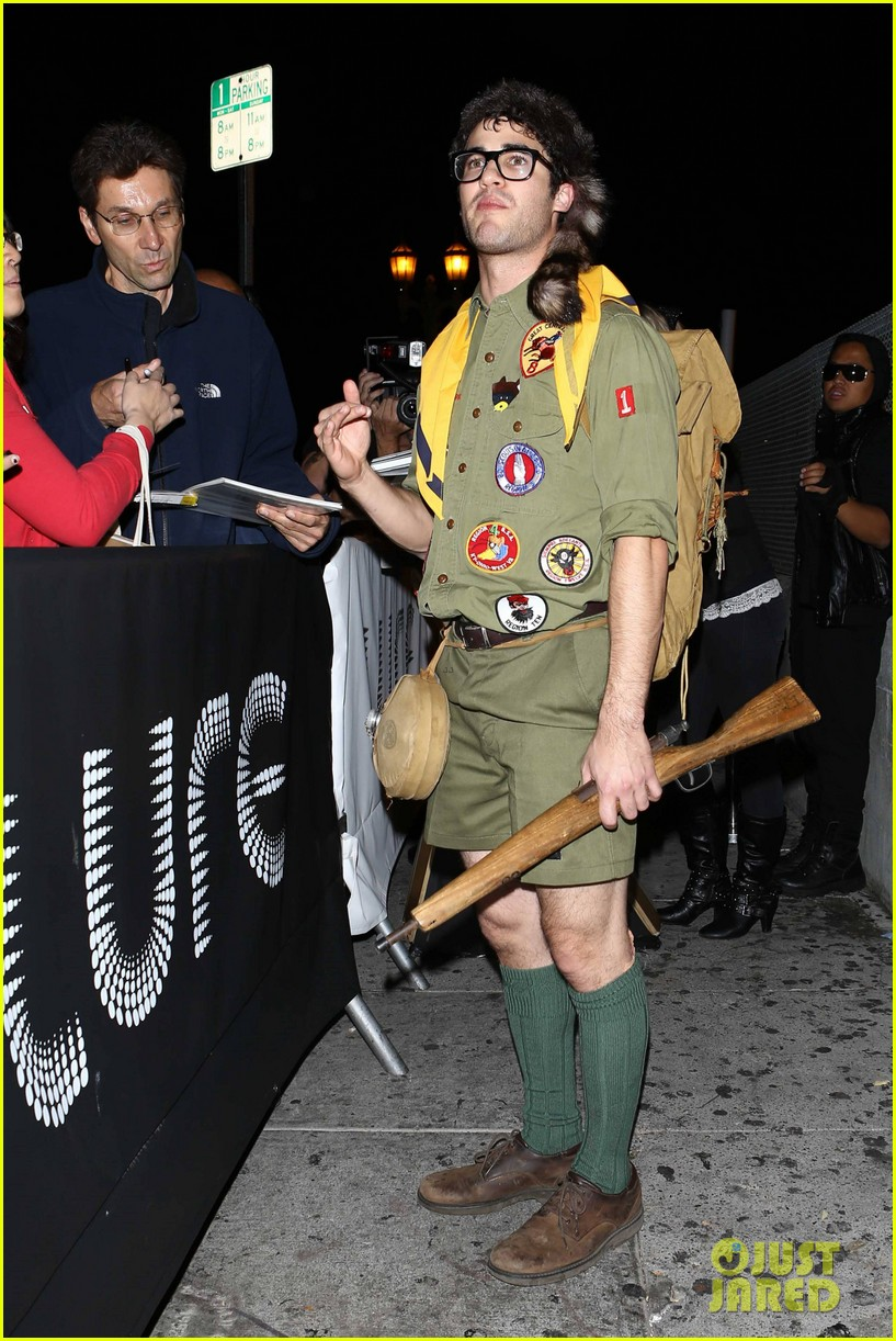 chris colfer darren criss matthew morrison halloween party 22