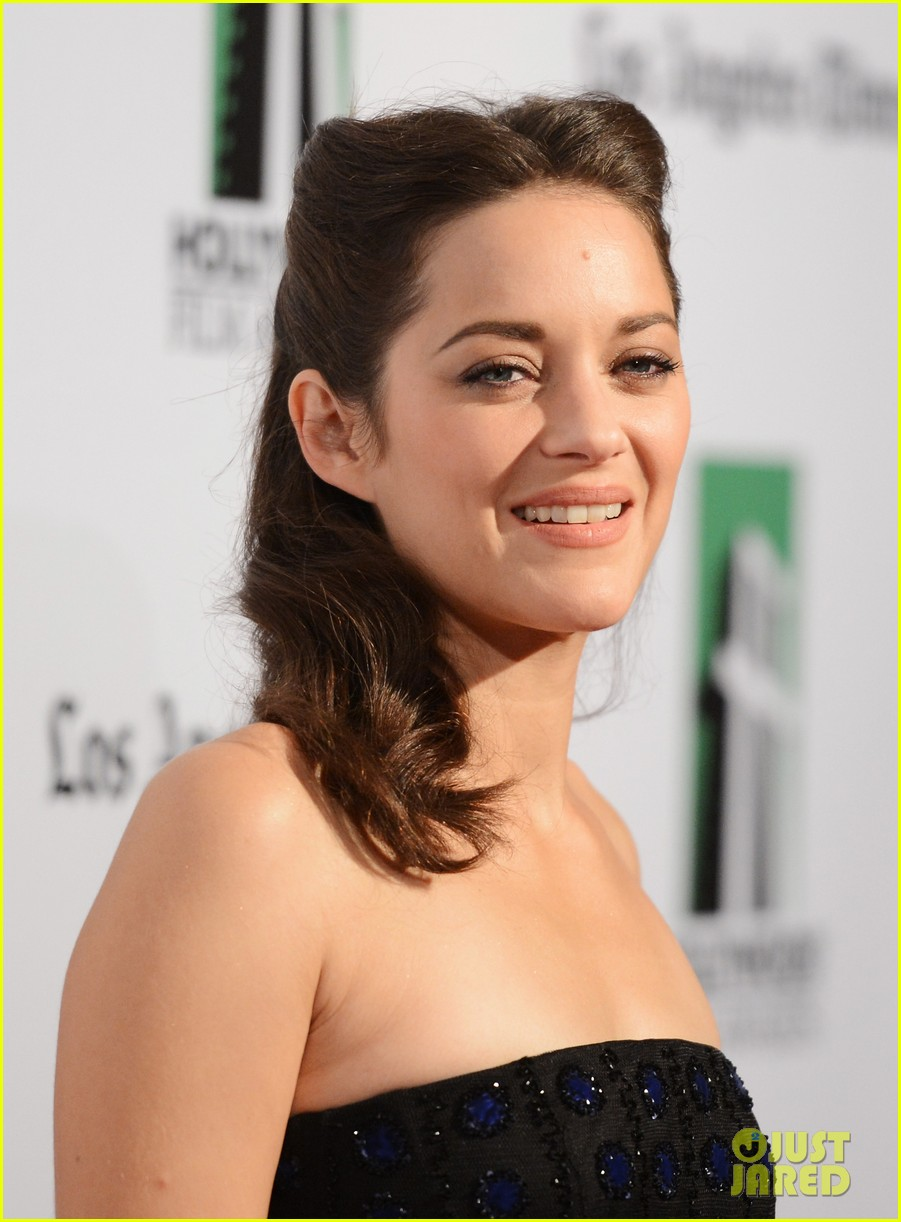 marion cotillard amanda seyfried hollywood film awards gala 022743034