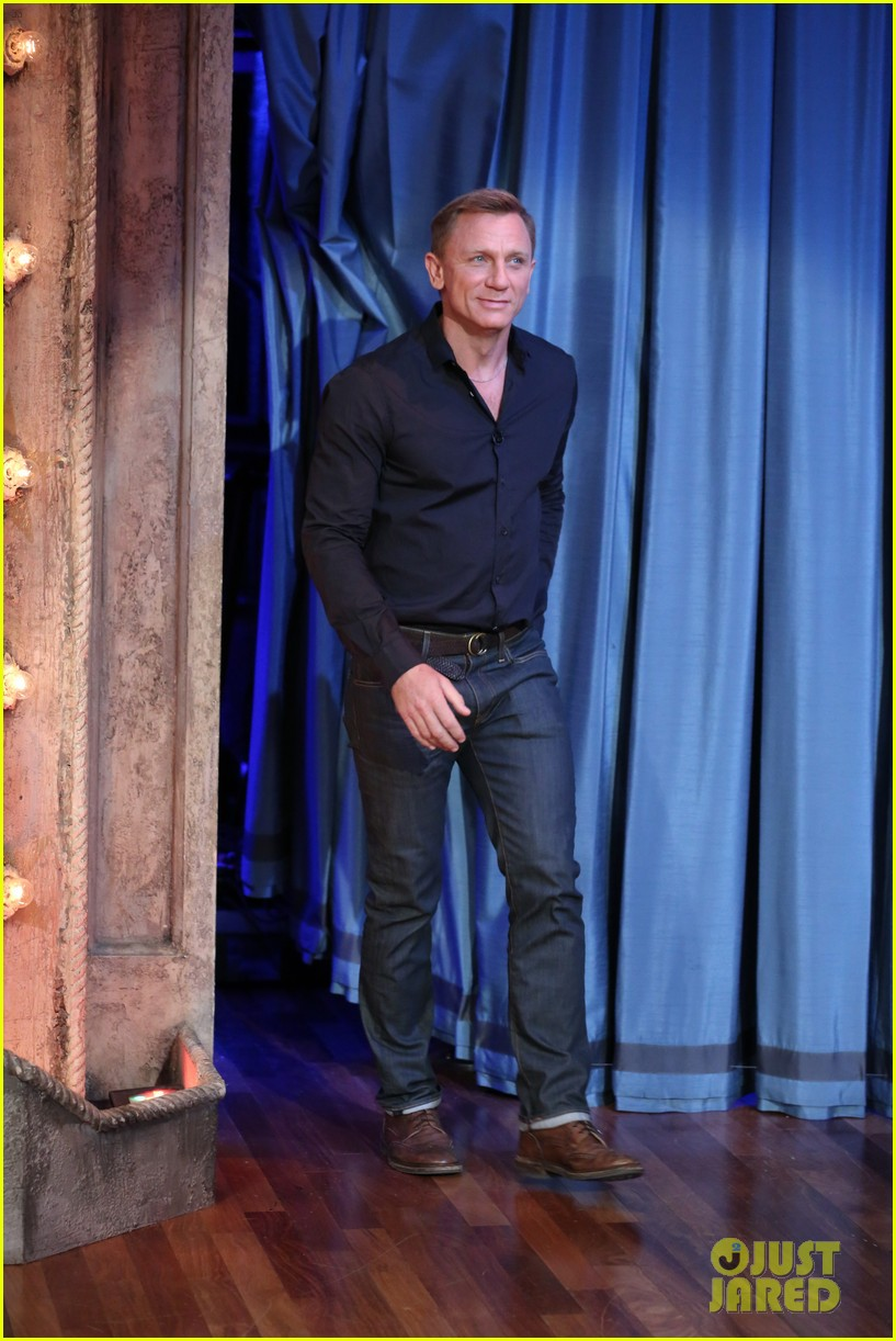 daniel craig late night with jimmy fallon visit 012733258