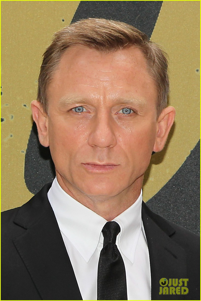 daniel craig skyfall photo call 032738553