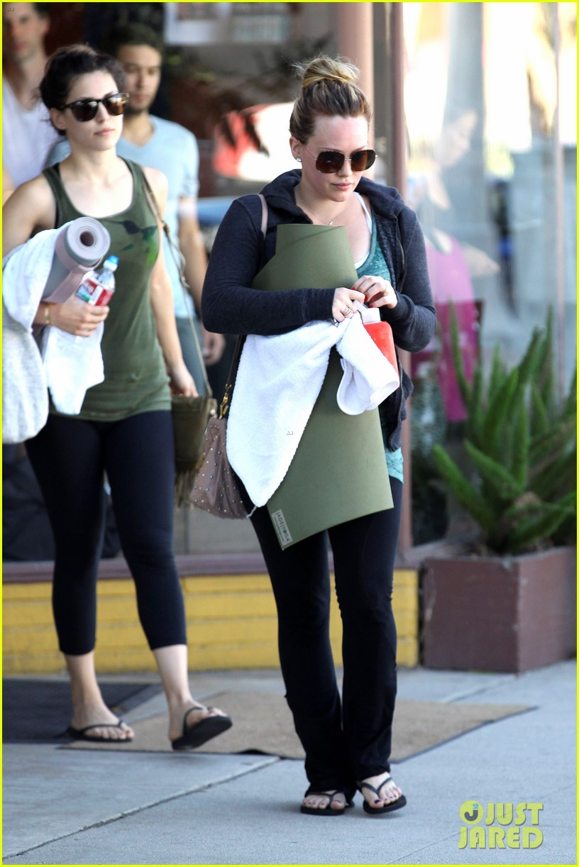 hilary duff mike comrie luca food shopping 13