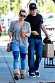 hilary duff mike comrie luca food shopping 19