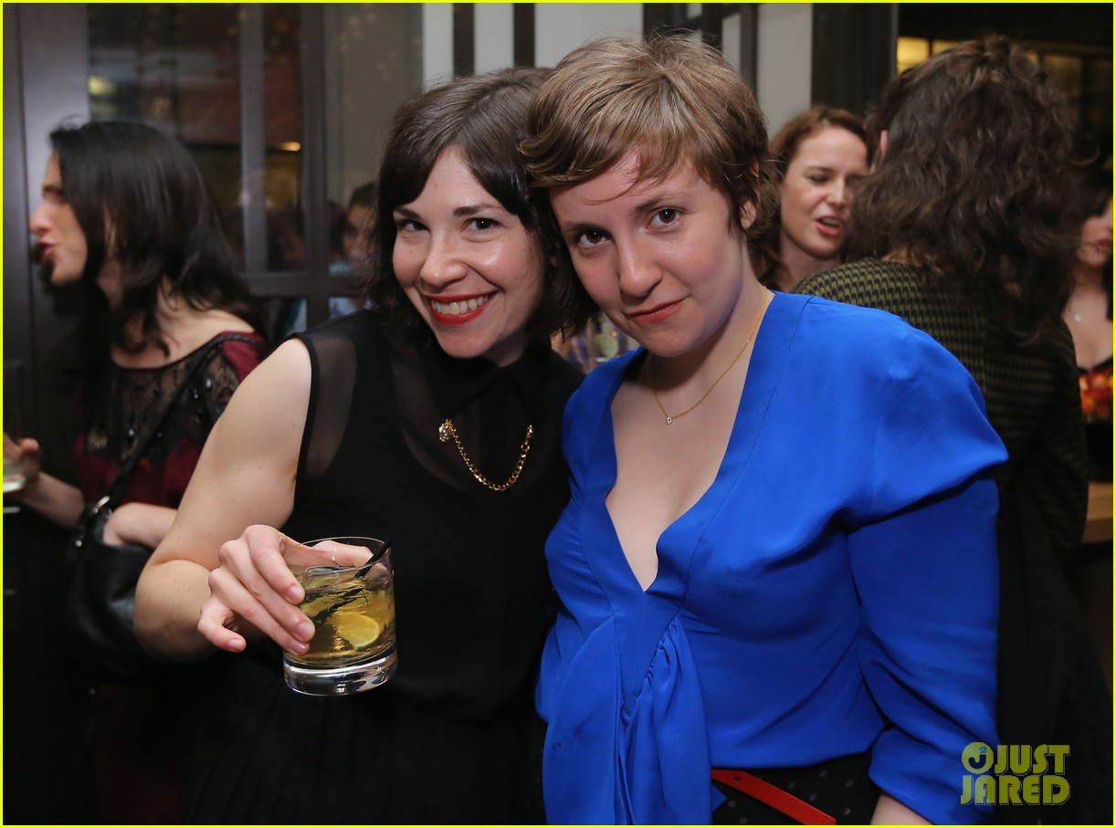 lena dunham sells book for 3 million 022734882