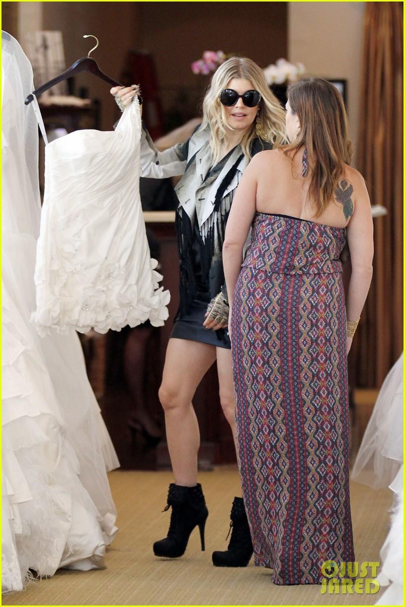 fergie wedding dress shopping with a friend 092740855