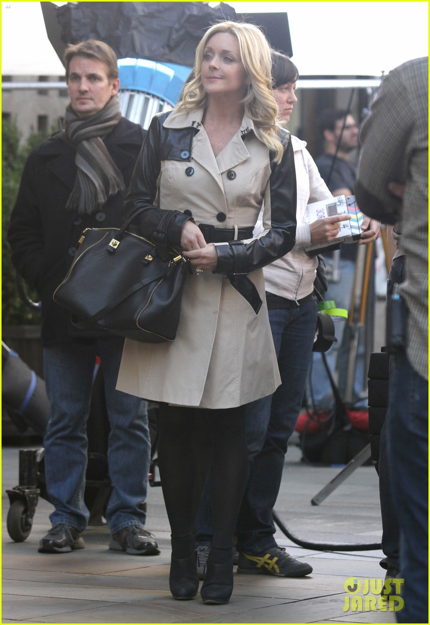 tina fey 30 rock set with jane krakowski 25