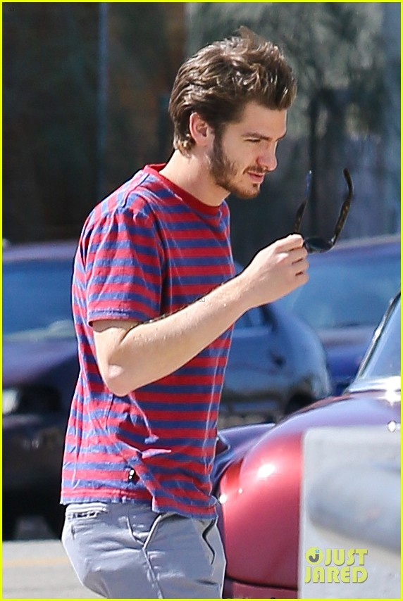 andrew garfield nautical sailing apparel shopping in venice 04