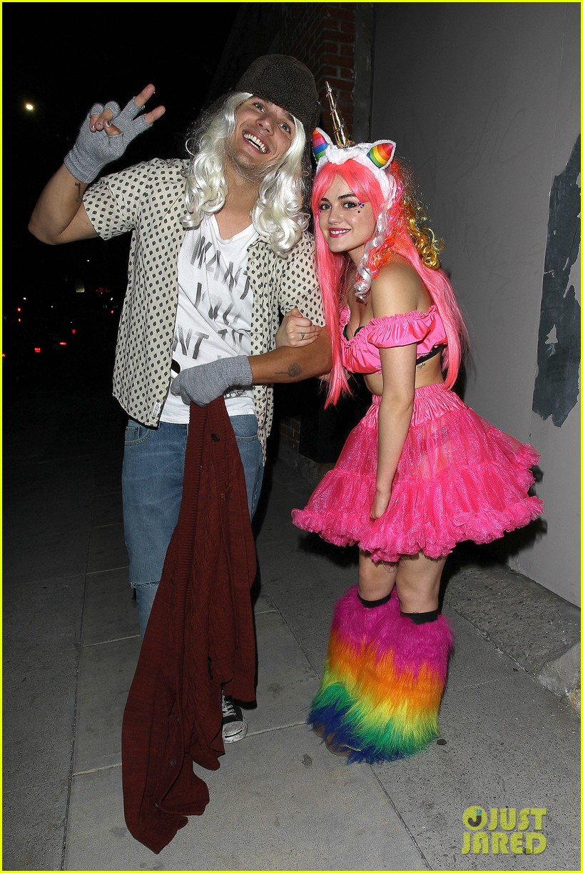 lucy hale chris zylka just jared halloween party 03