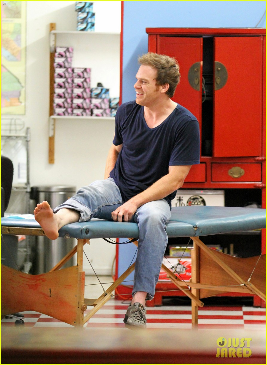 michael c hall gets new foot tattoo 01