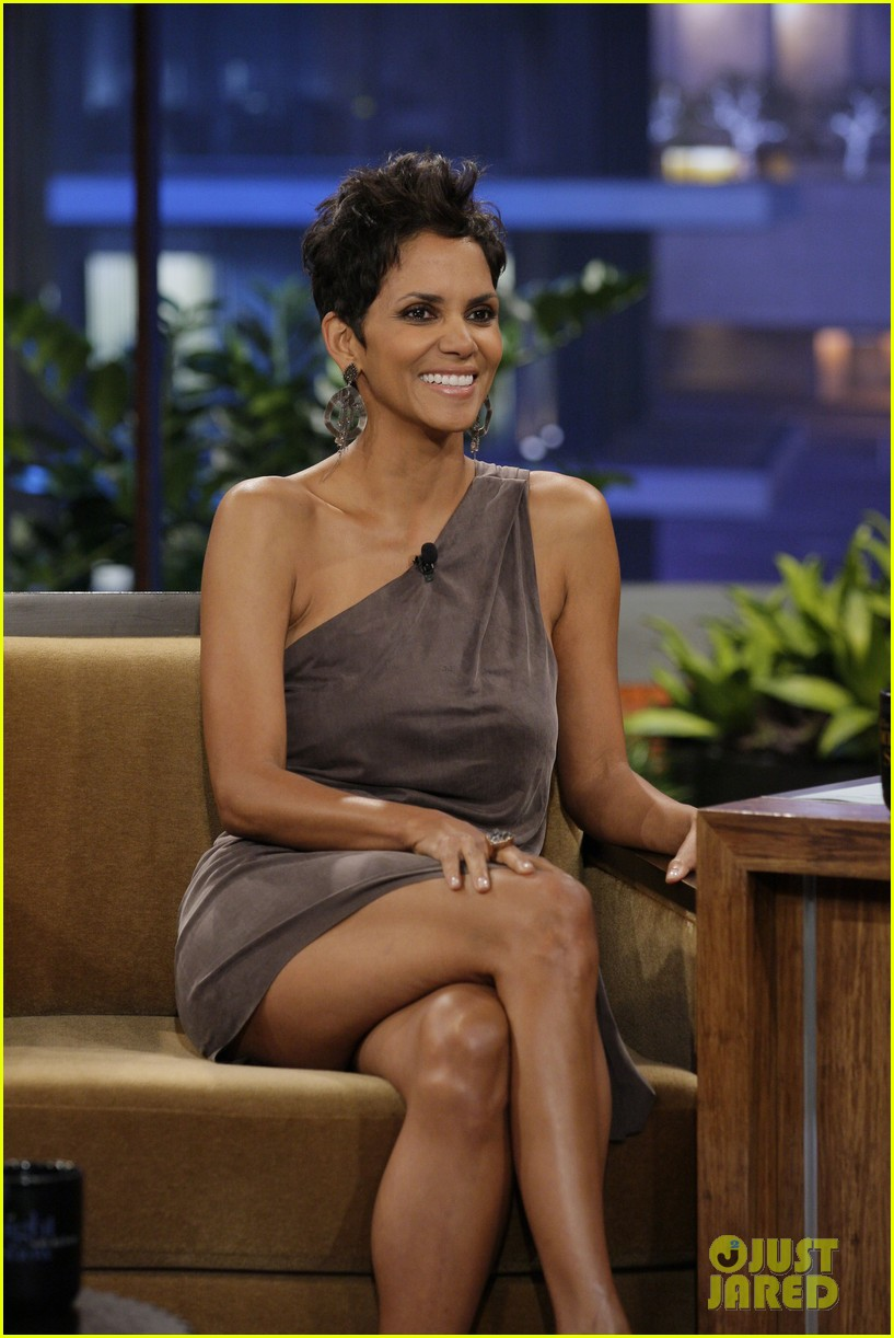 Halle berry tonight show appearance photo 2743254 halle berry