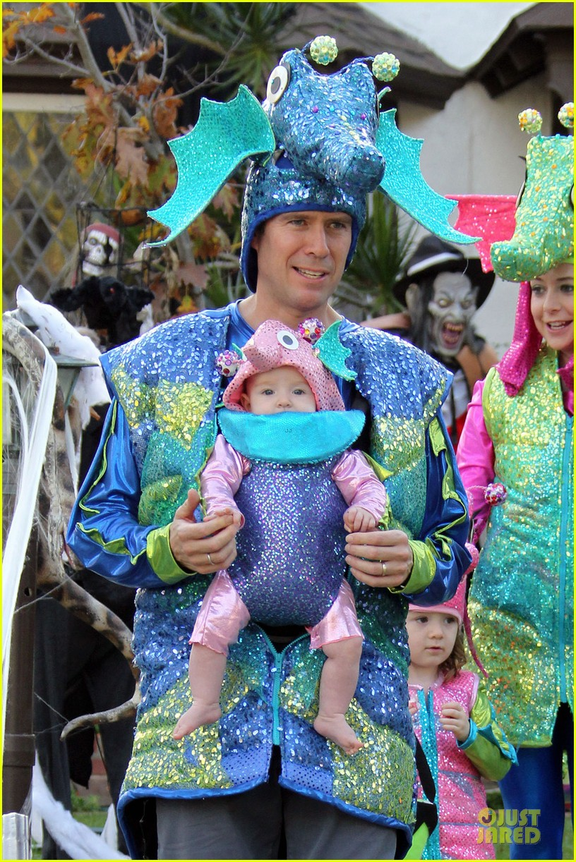 alyson hannigan alexis denisof seahorse halloween couple 022749046