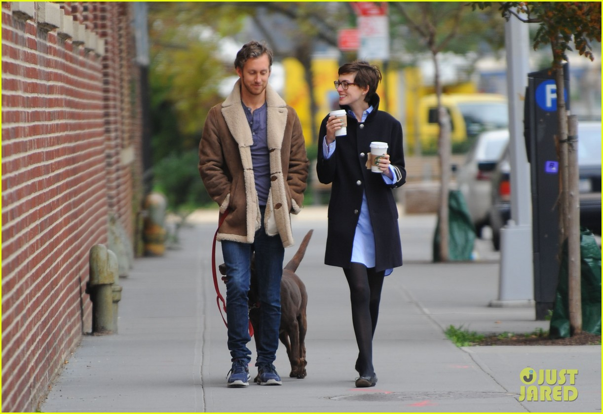 anne hathaway adam shulman coffee dog walk 15