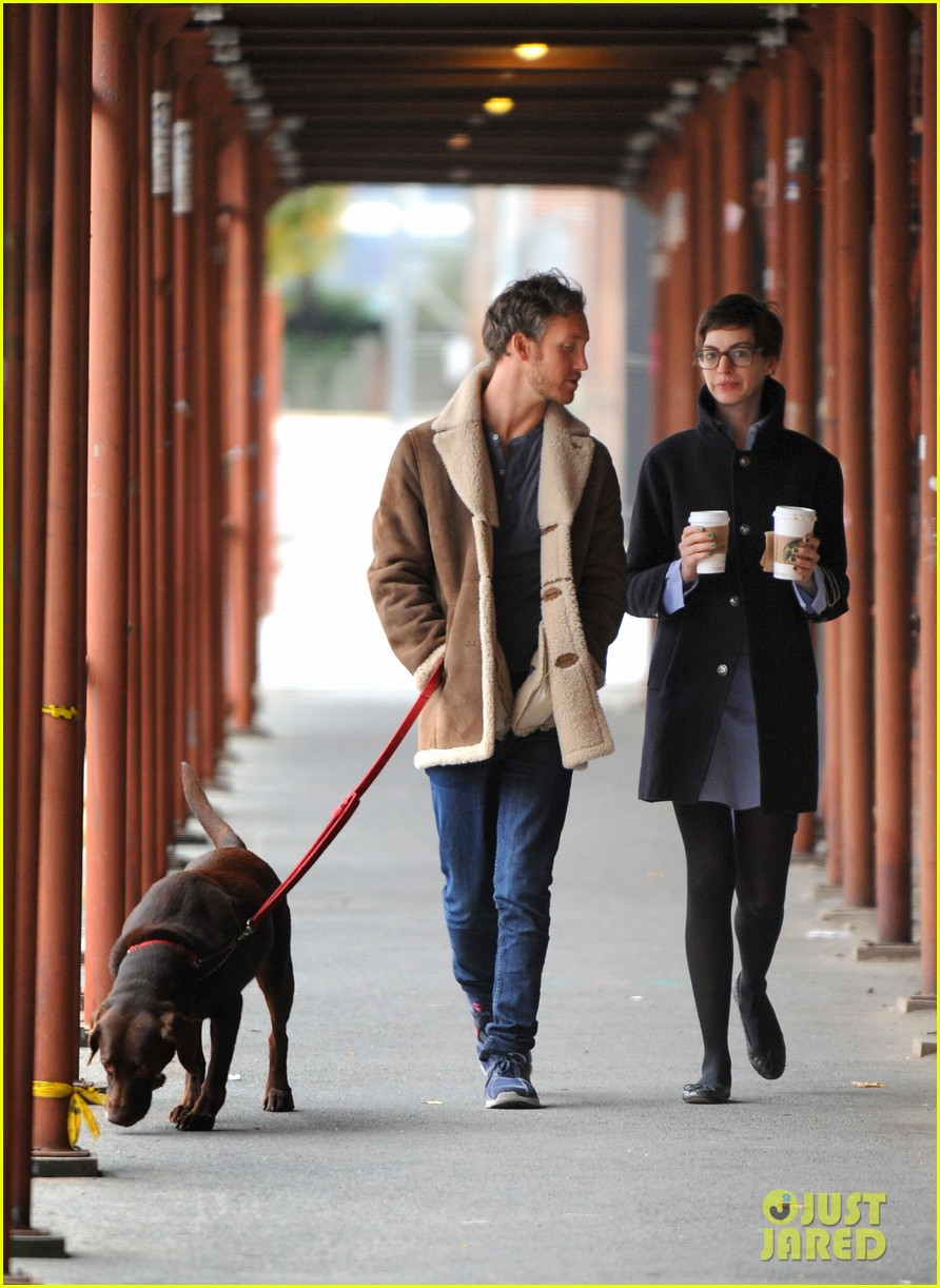 anne hathaway adam shulman coffee dog walk 212745078