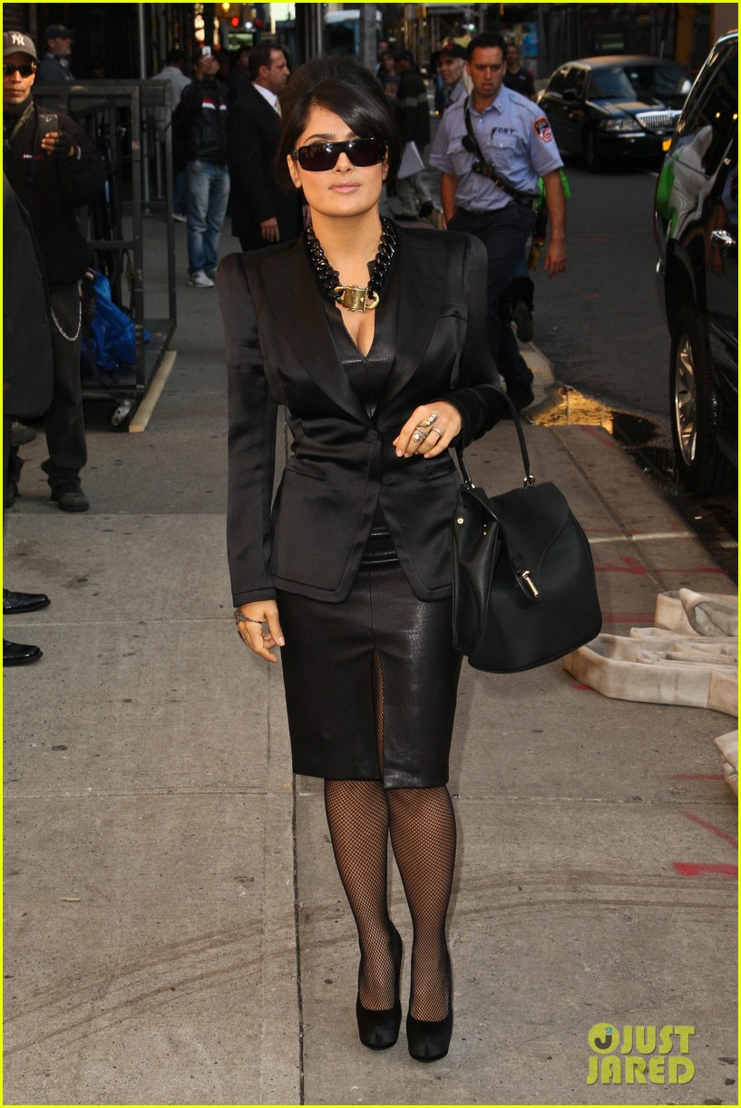 Salma hayek late show with david letterman guest photo 2736603