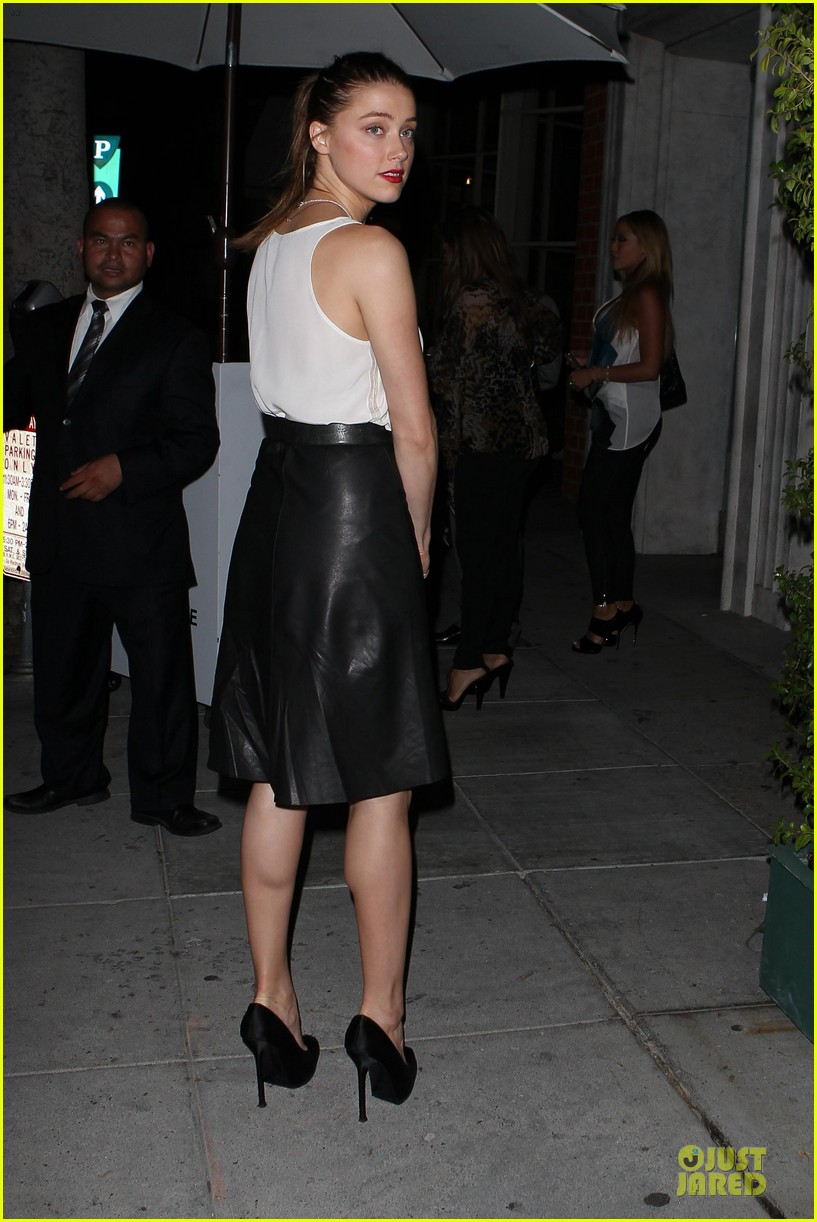 amber heard mr.chow restaurant stop 052732332