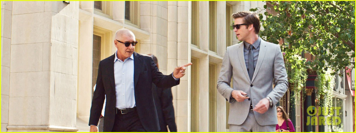liam hemsworth first paranoia stills 032739234