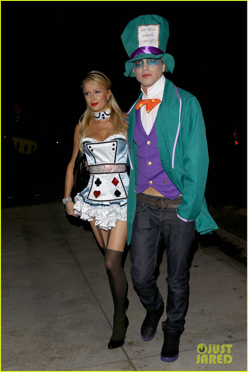paris hilton river vilperi halloween party pair 05