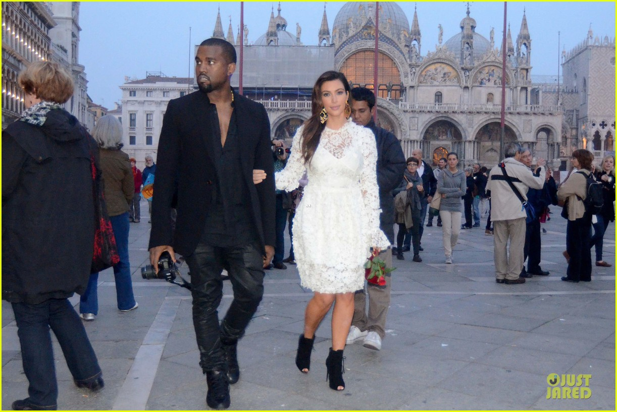 kanye west kim kardashian birthday dinner in venice 172742310