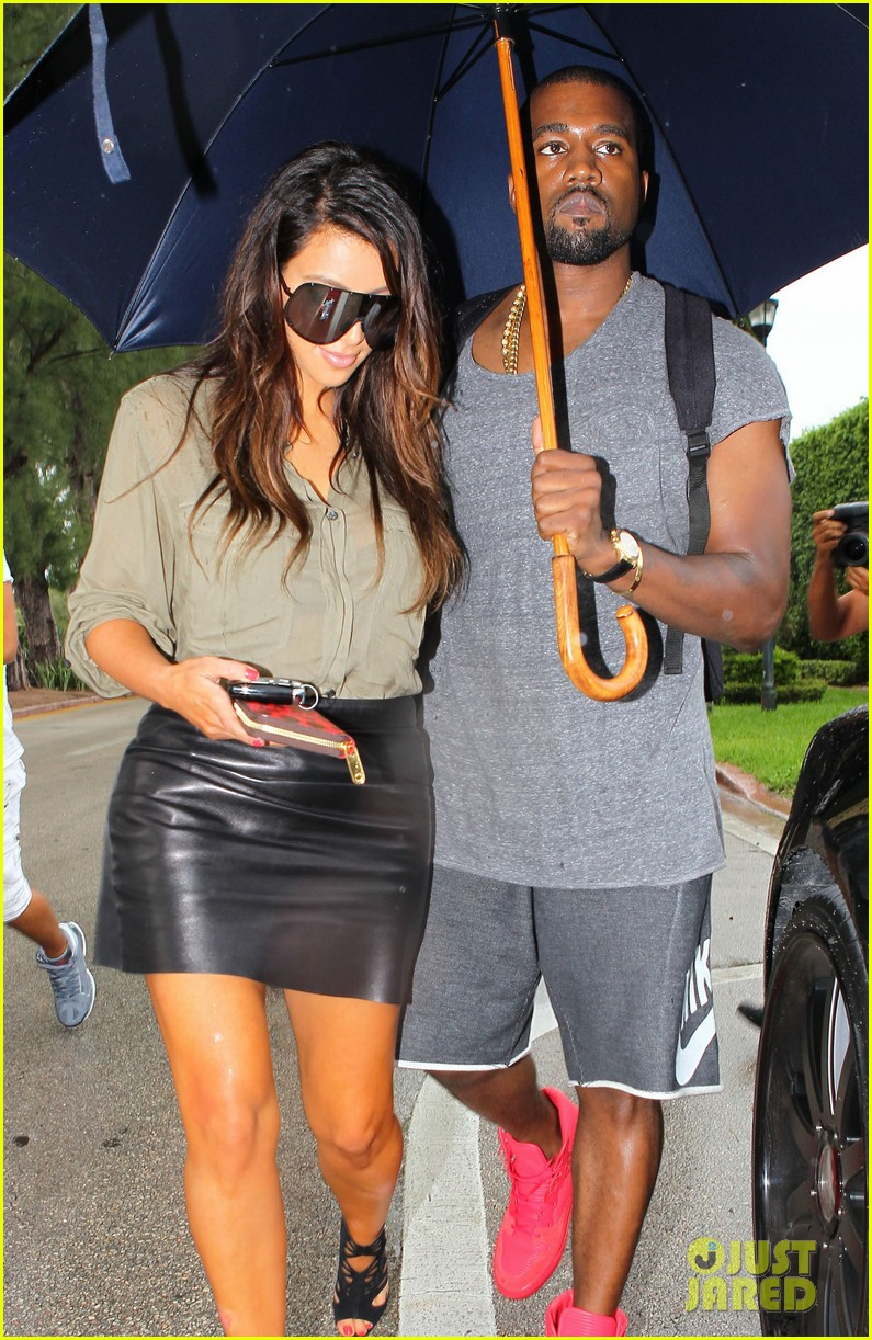 kim kardashian kanye west house hunting in miami 03