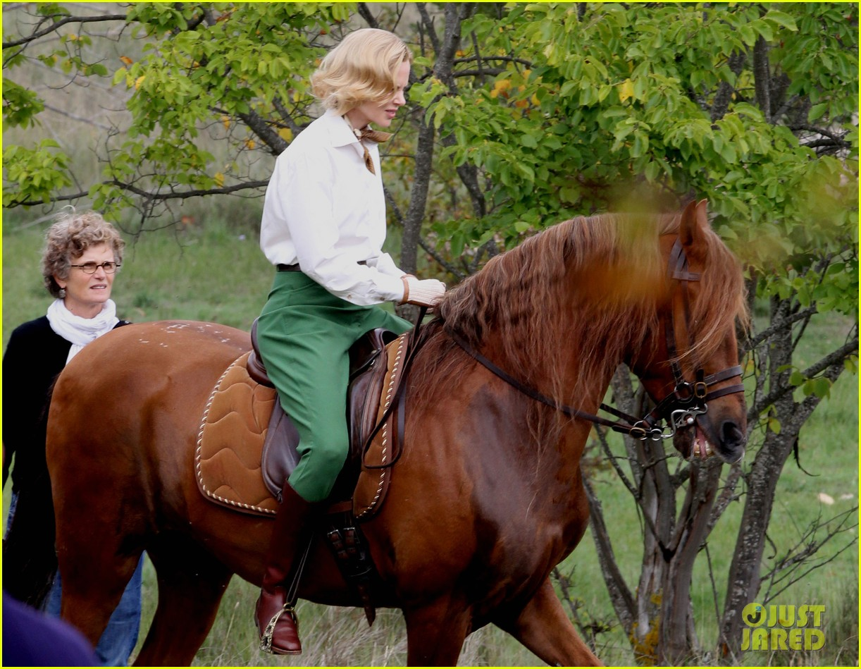 nicole kidman horseback riding for grace kelly 052737082
