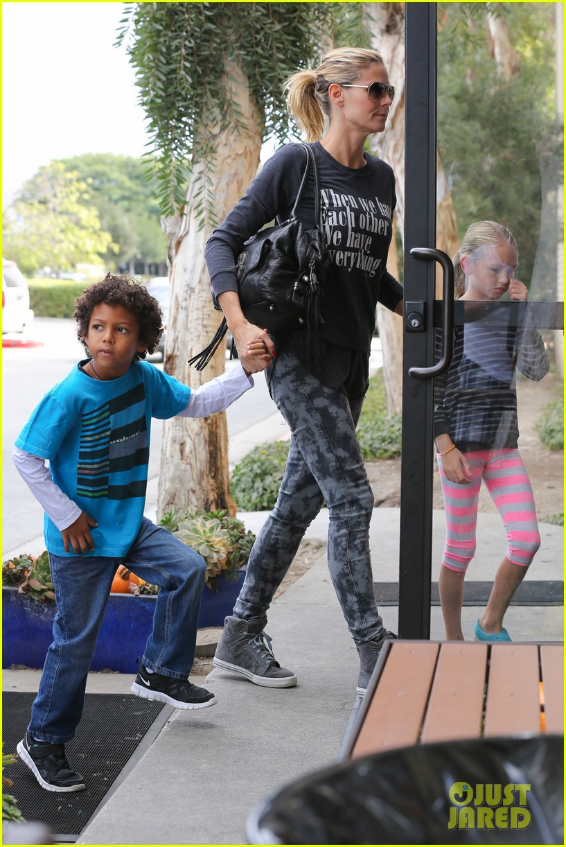 heidi klum sunday fun with  the kids 242742108
