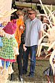 heidi klum martin kirsten pumpkin patch with the kids 24