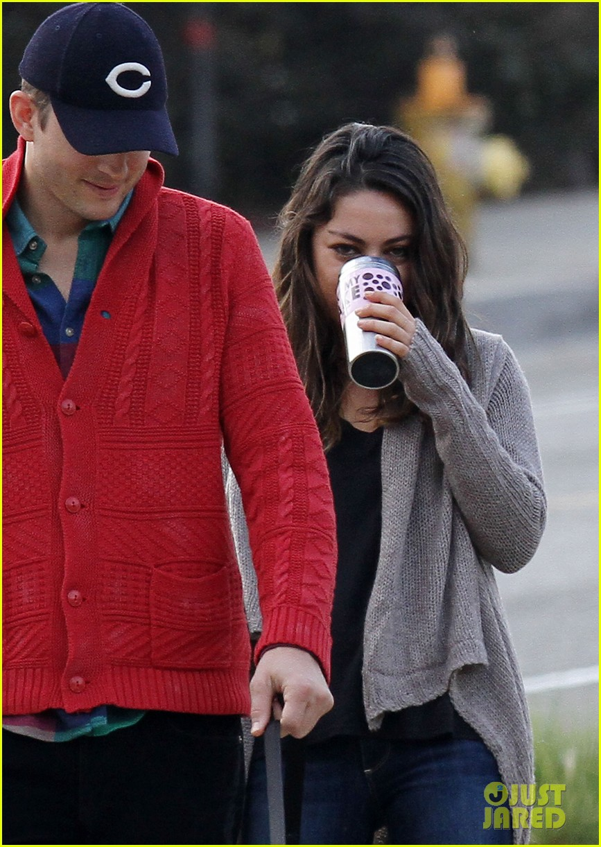 ashton kutcher mila kunis monday morning dog walk 022742727