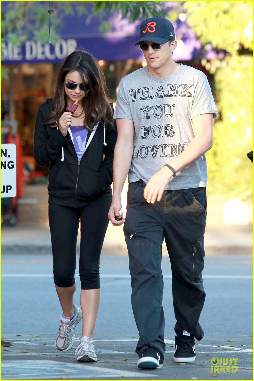 ashton kutcher mila kunis thank you for loving each other 10