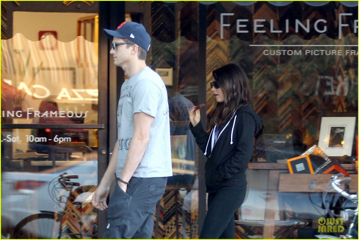 ashton kutcher mila kunis thank you for loving each other 20
