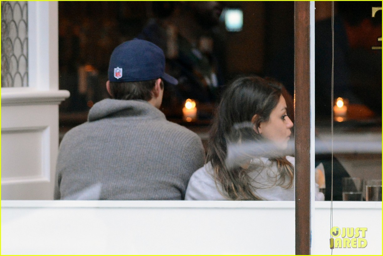 ashton kutcher mila kunis west village dinner date 11