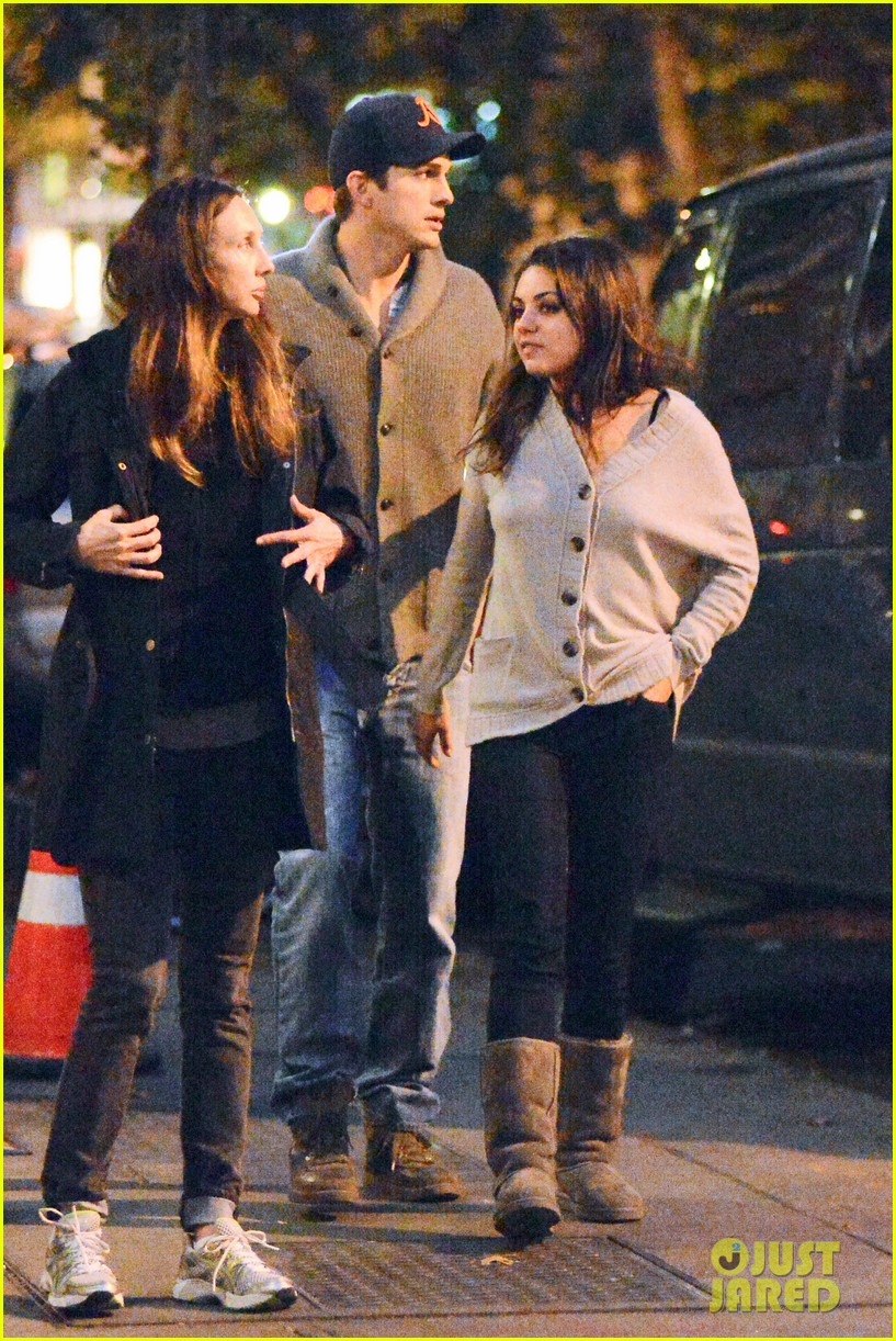 ashton kutcher mila kunis west village dinner date 16