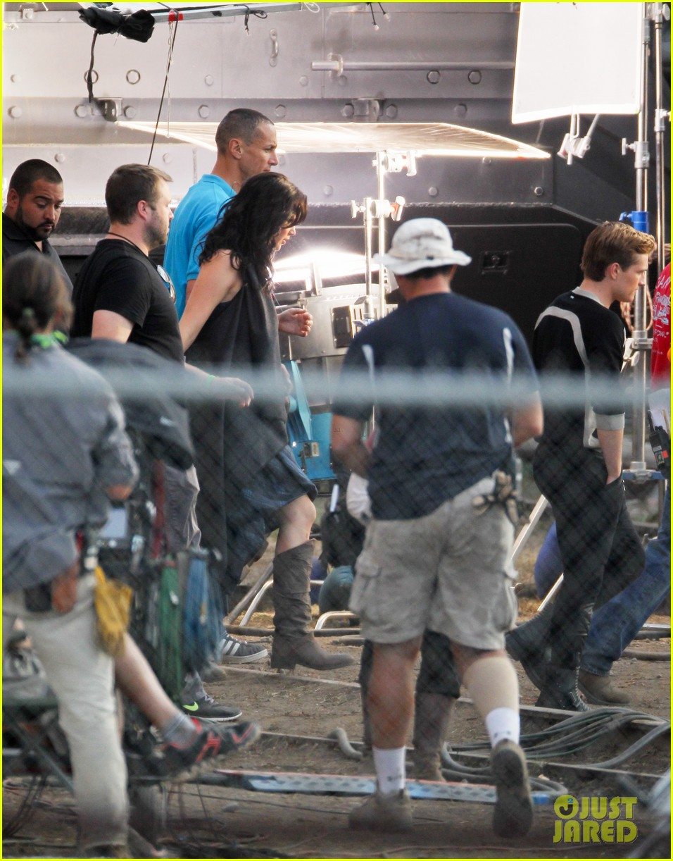 jennifer lawrence catching fire set 10