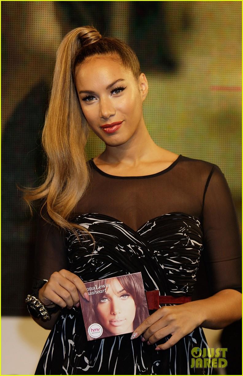 leona lewis album signing 032738714