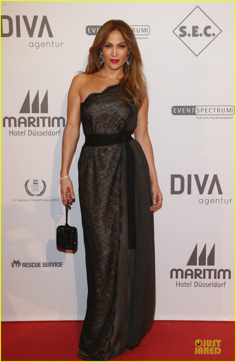 jennifer lopez jared leto unesco charity gala 072746273