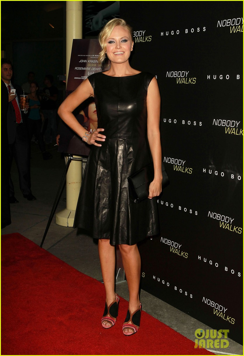olivia thirlby dylan mcdermott nobody walks premiere 11
