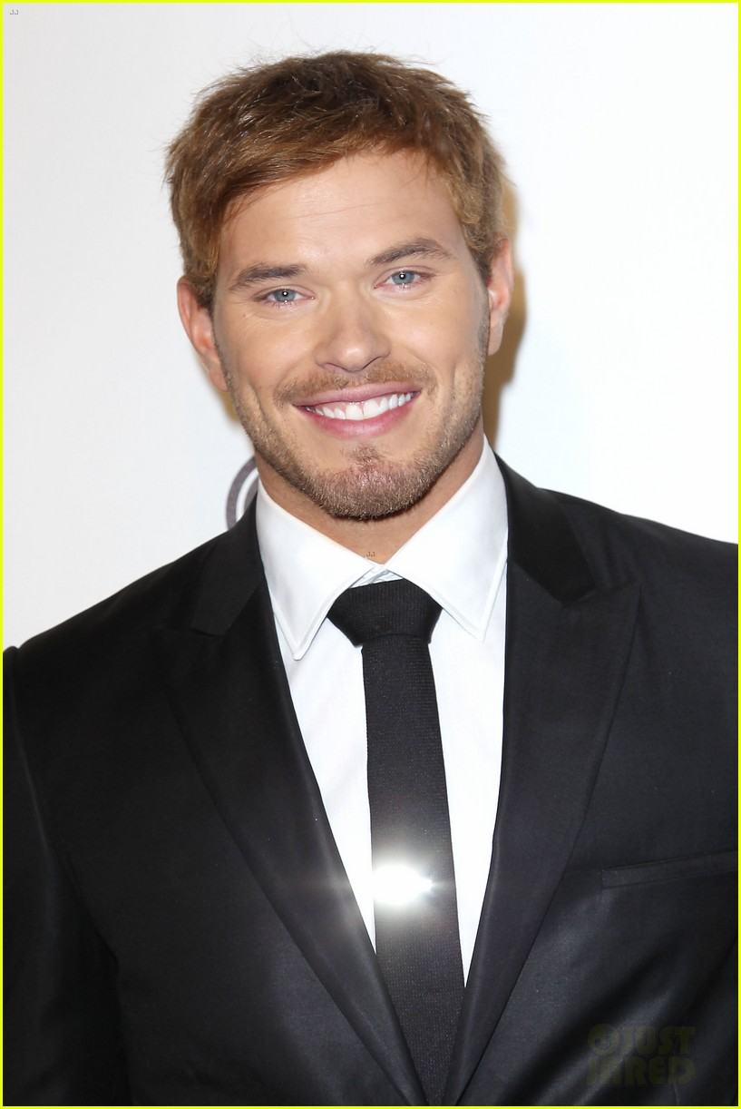 adam levine kellan lutz gq gentlemens ball 022744349