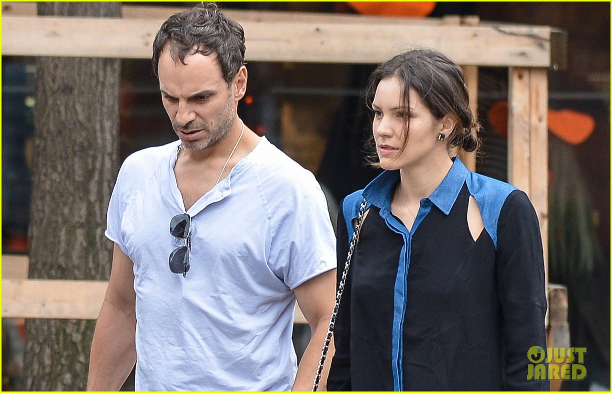 katharine mcphee west village meal with hubby nick cokas 022734458