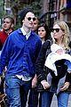sienna miller tom sturridge new york walk with marlowe 07