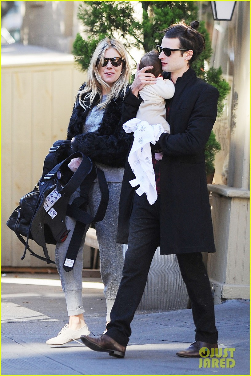 sienna miller saturday stroll with family 03
