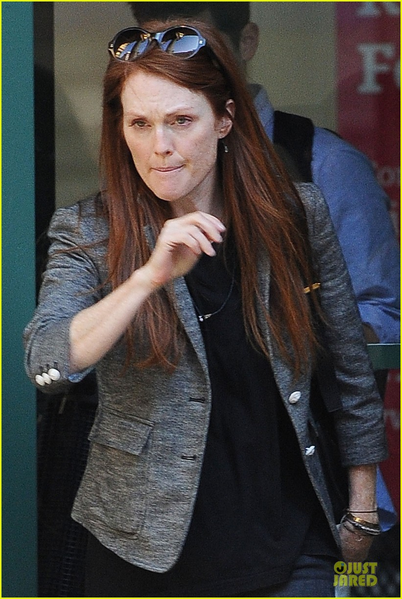 julianne moore jewelry stolen from new york home 02