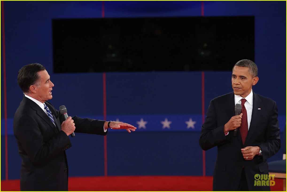 barack obama mitt romney second presidential debate 212739454