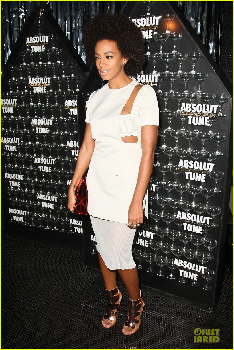 rita ora solange knowles absolut tune launch party 06