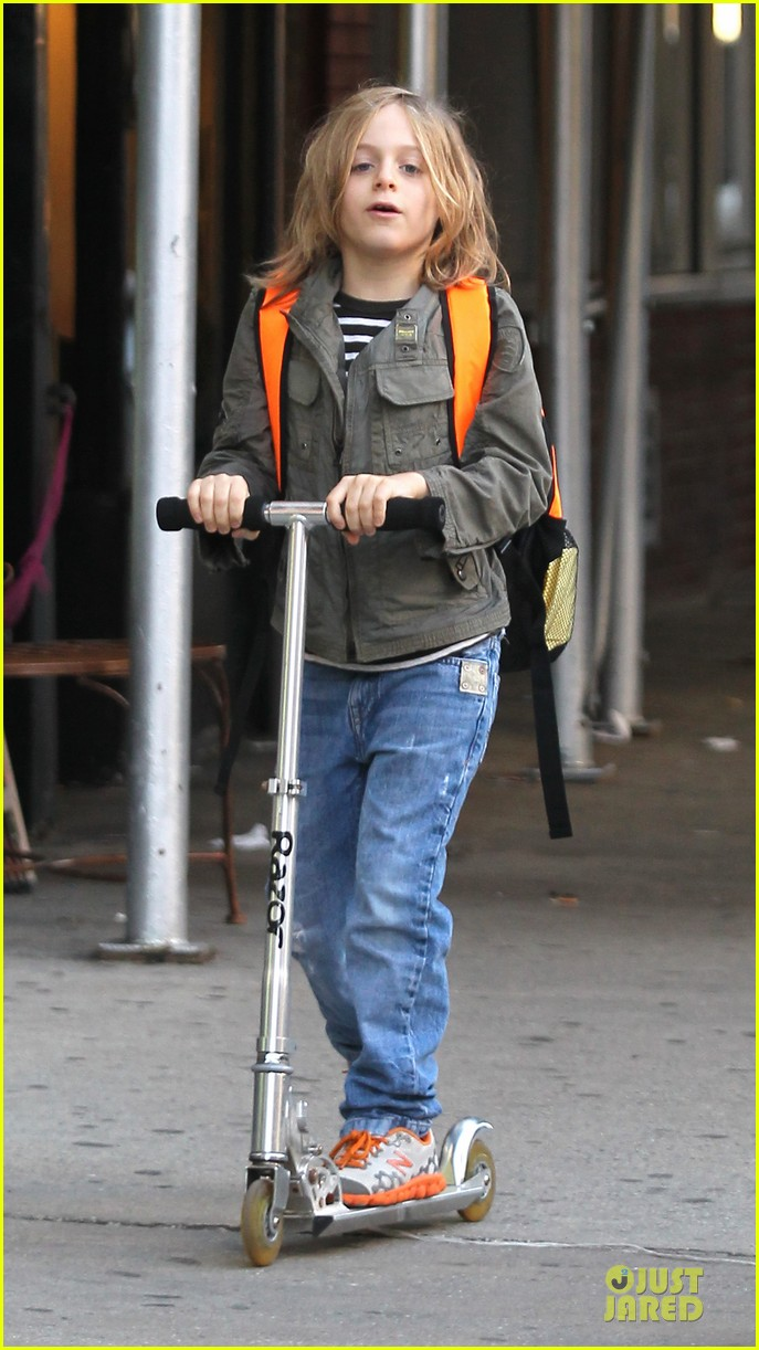 sarah jessica parker school walk with james marion tabitha 13