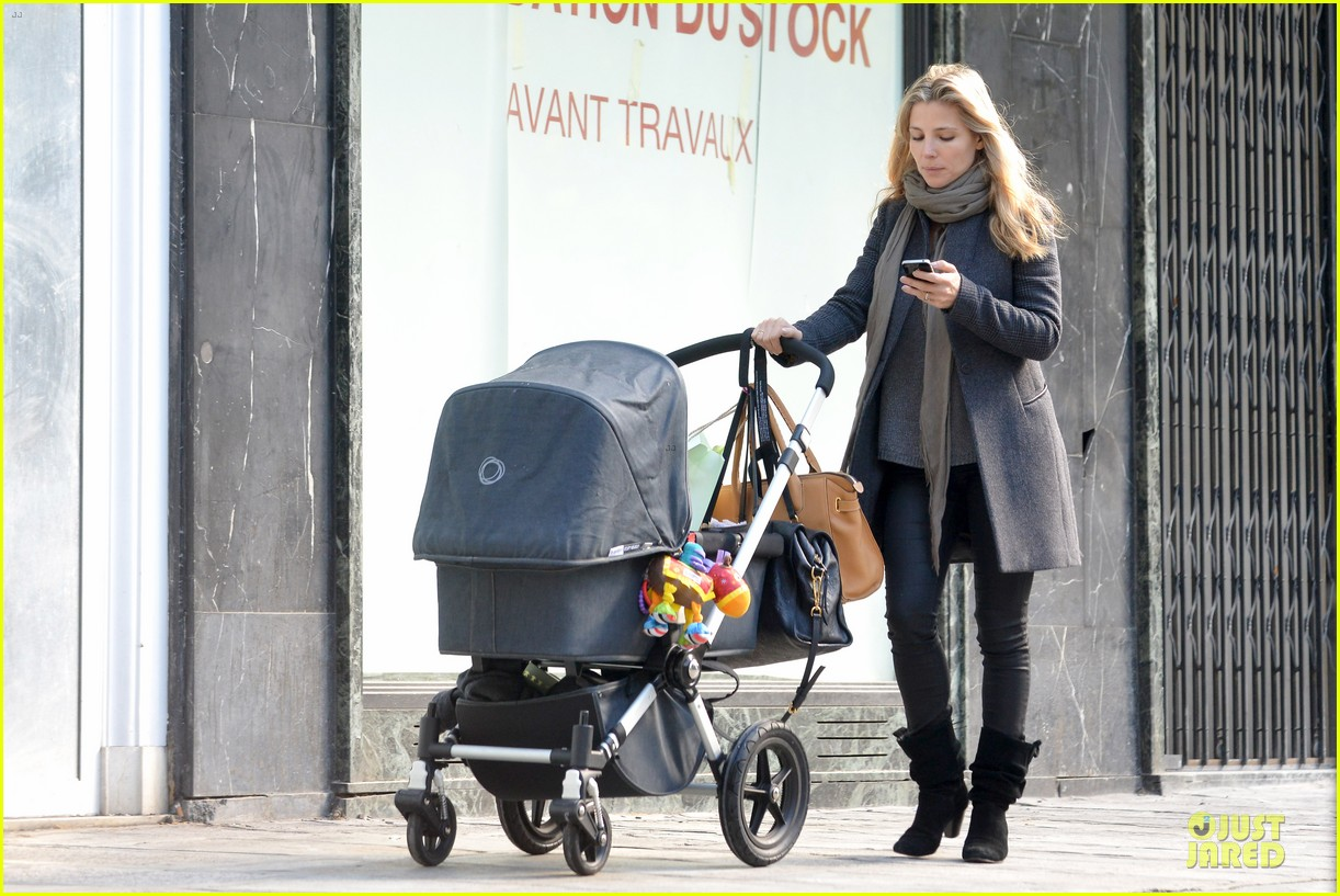 elsa pataky paris stroll with india 10