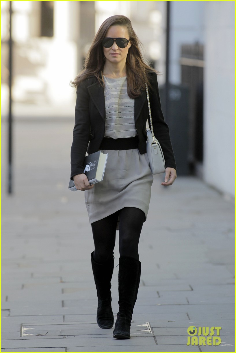 pippa middleton heads to work 21