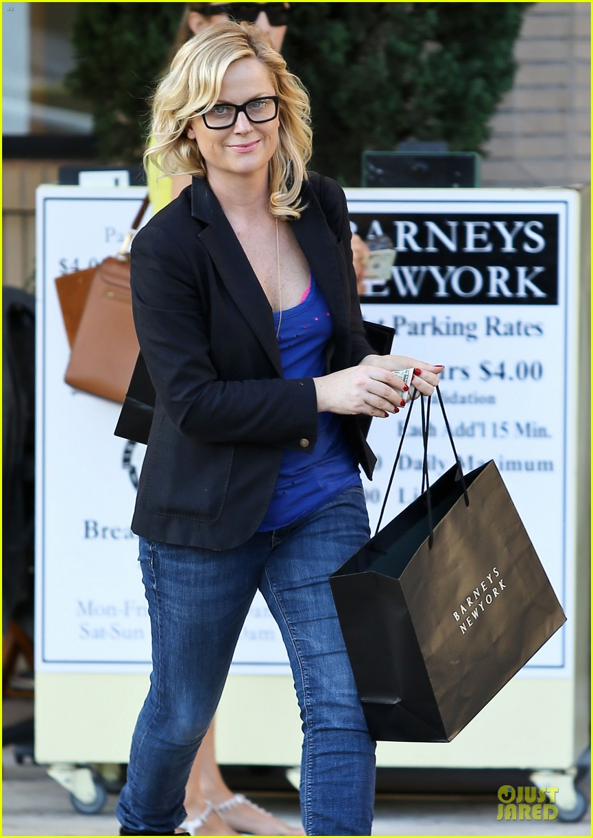 amy poehler barneys shopping spree 02