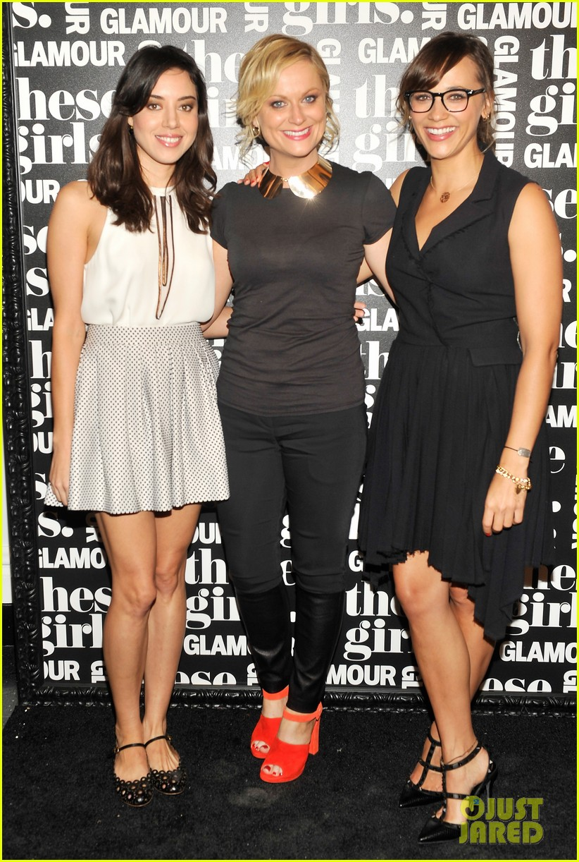 olivia wilde rashida jones glamous these girls celebration 012735163