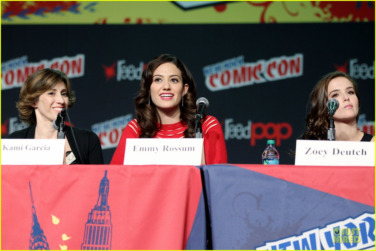 emmy rossum beautiful creatures comic con panel 122737742