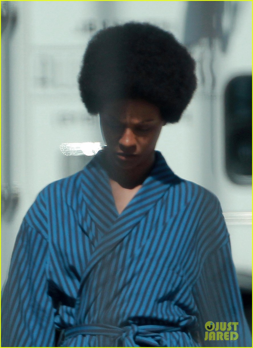 zoe saldana as nina simone first look 03